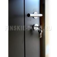 входные двери в скандинавском стиле