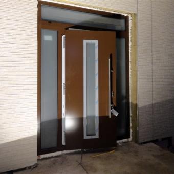 Двери в коттедж Hormann Thermo 65 THP 700А Dark Oak